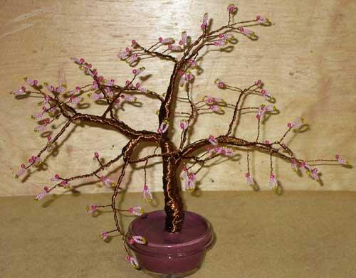 Лариса павлова.  Розовое дерево.  Бисер.  Работы Ларисы Павловой.